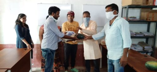 Health Care Workers and Volunteers in AP Receive Food